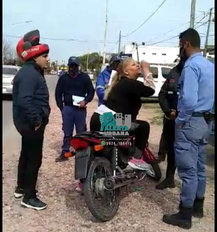 Barranqueras: secuestro de motocicleta y atentado contra la autoridad