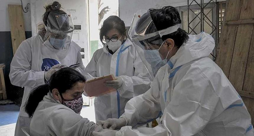 ¿Por qué una persona con coronavirus puede tener un resultado negativo?