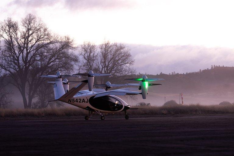 """La NASA le apuesta al tránsito en el cielo y ya inició pruebas de su """"taxi aéreo"""""""