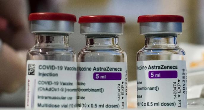 Este sábado llegan más de 500.000 dosis de AstraZeneca