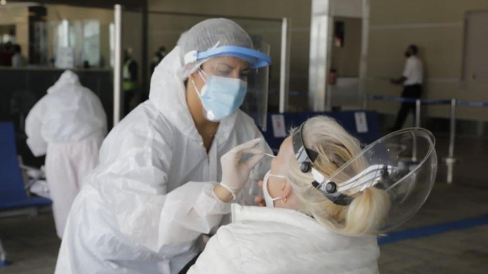 Ya no hay que esperar 72 horas para realizarse el hisopado cuando aparecen síntomas