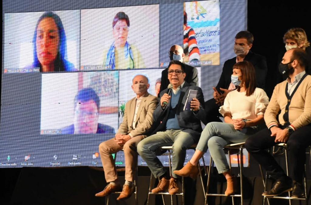 """Feria del Libro 2021: """"es una gran apuesta al desarrollo cultural y educativo"""""""