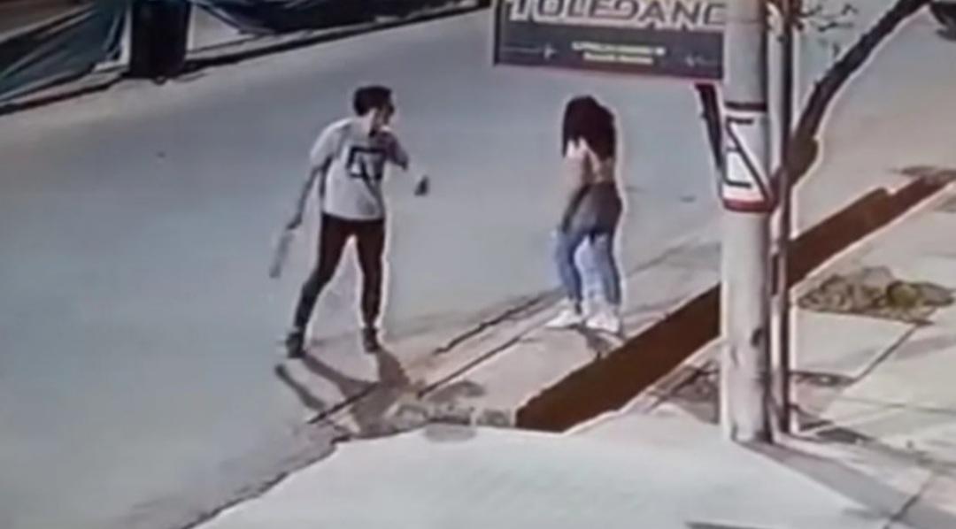 Peleó con su novia, golpeó a un joven que la quiso ayudar y le dieron 10 años de cárcel