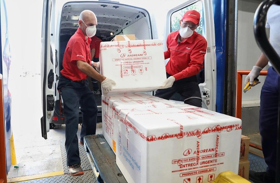 22.400 dosis de AstraZeneca y 14.400 de Sputnik V llegan a la provincia