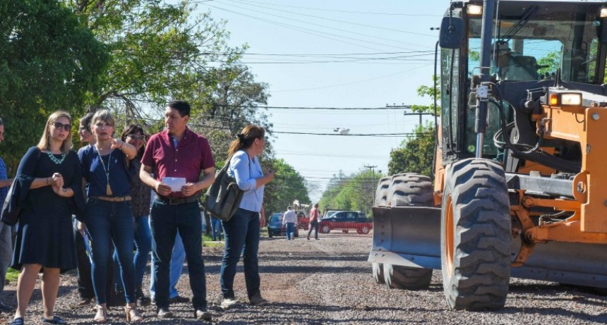 Los candidatos de CER PARA TODOS recorrieron obras con vecinos de VILLA ELISA