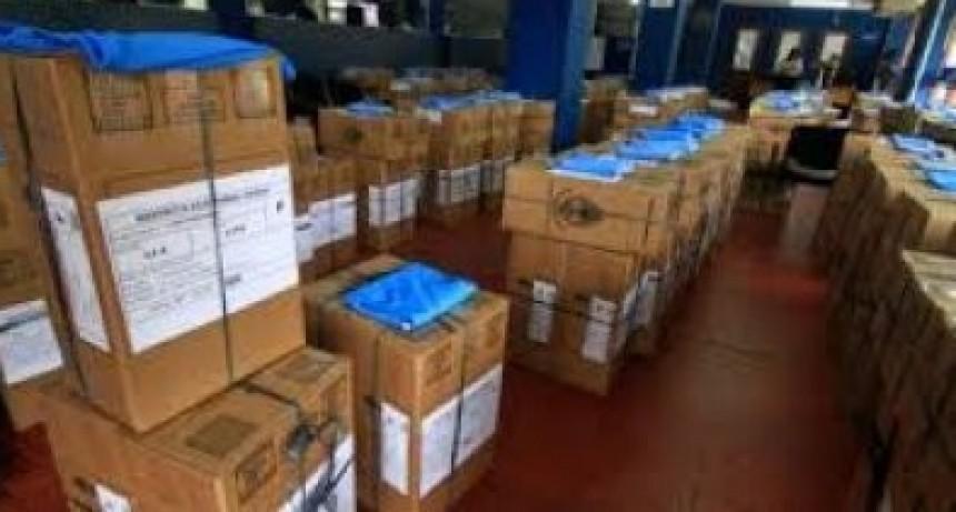 1061 efectivos de la Policía del Chaco distribuidos en 296 escuelas custodiaron el acto electoral en toda la provincia