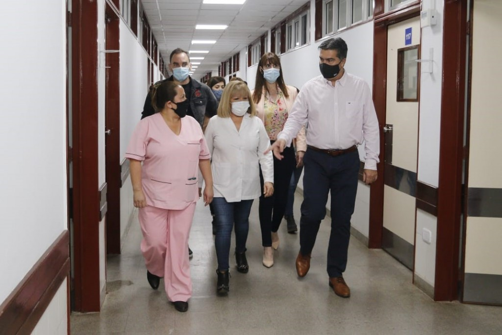 """Capitanich inauguró la pastilla 4 del Hospital Perrando: """"La comunidad chaqueña debe tener la mejor calidad de atención"""""""