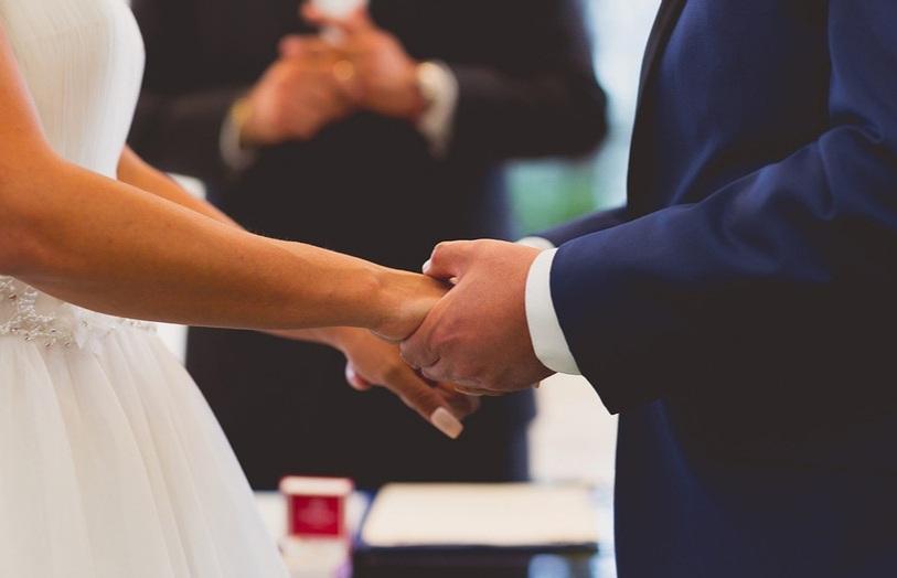 Autorizan los casamientos en Chaco: ya se pueden solicitar turnos.