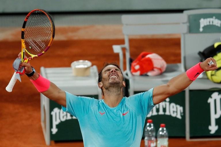 En un partido histórico, Rafael Nadal le ganó a Sinner y jugará la semifinal de Roland Garros ante Schwartzman: día y hora del cruce entre el español y el argentino