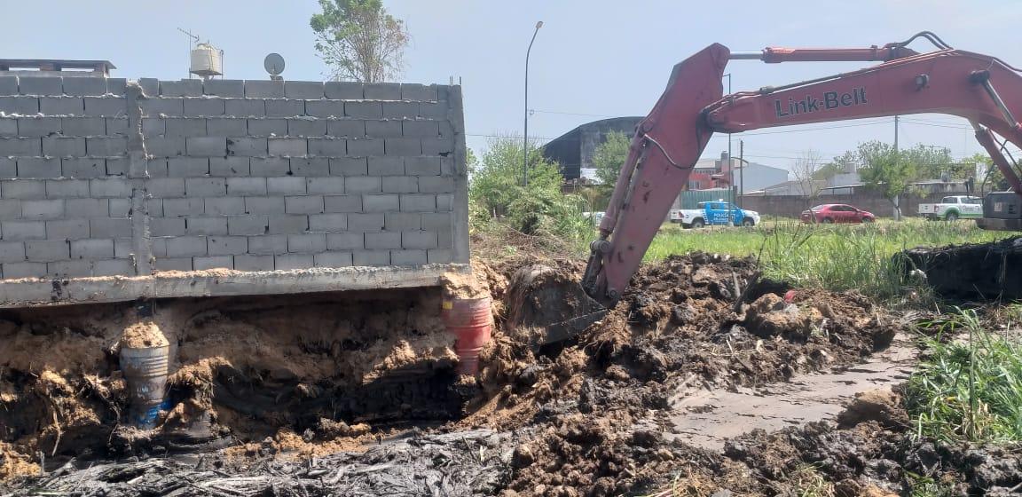 Resistencia: APA retiró rellenos y construcciones ilegales de la Laguna Argüello.