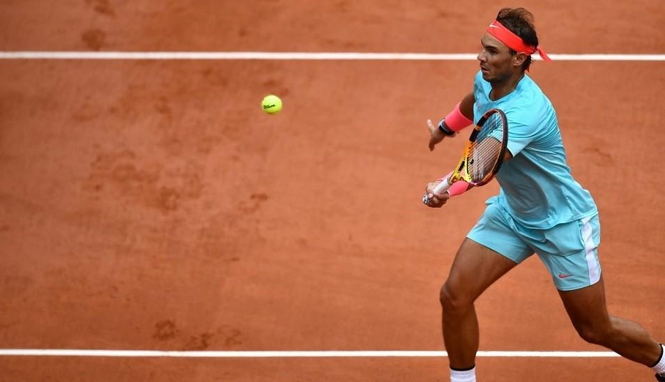 Roland Garros: Nadal y Djokovic juegan la final, a la caza de Federer