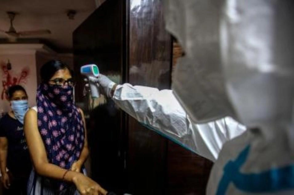 Coronavirus: El misterioso caso de la baja tasa de muertos en India