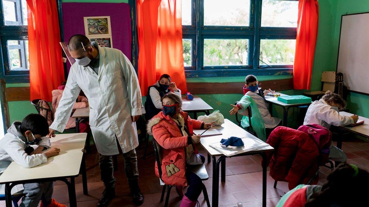Volverían las clases presenciales en algunas localidades del Chaco.