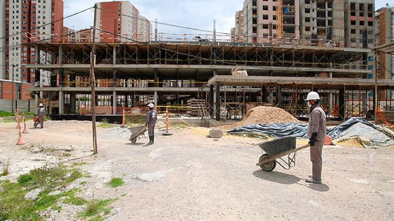Para atraer dólares, el Gobierno anunciará un nuevo blanqueo y otros beneficios impositivos para la construcción