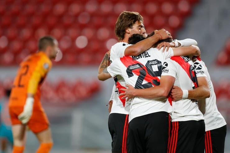 River-Liga de Quito: el equipo de Gallardo construyó una goleada y se quedó con el Grupo D