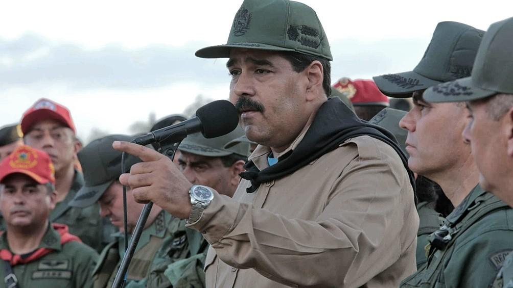 El presidente venezolano, Nicolás Maduro, reiteró este martes que la vacuna rusa Sputnik V y la de China contra el coronavirus pueden llegar al país entre diciembre y enero próximos.