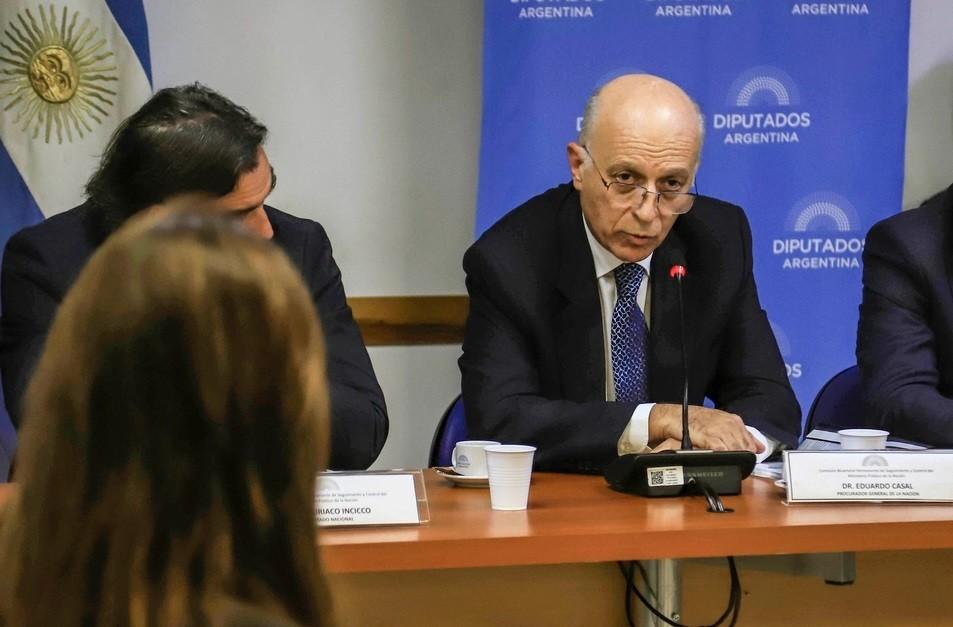 El oficialismo abrió en el Senado el debate por la reforma del ministerio público fiscal