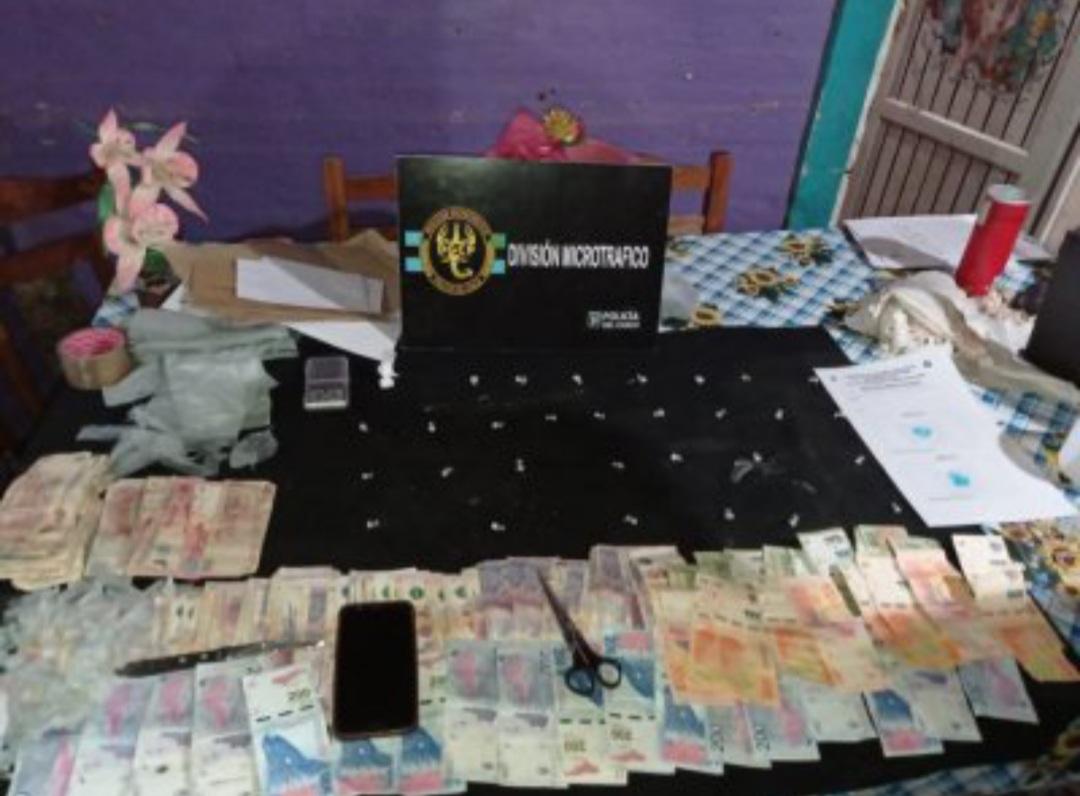 Barrio Don Santiago II: incautan droga y detienen a una mujer