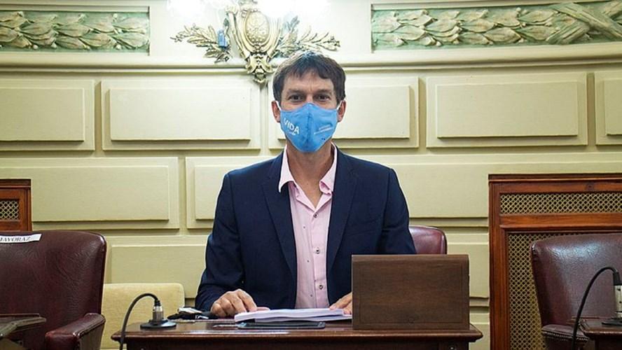 Un diputado se negó a vacunarse y no podrá participar de las sesiones presenciales