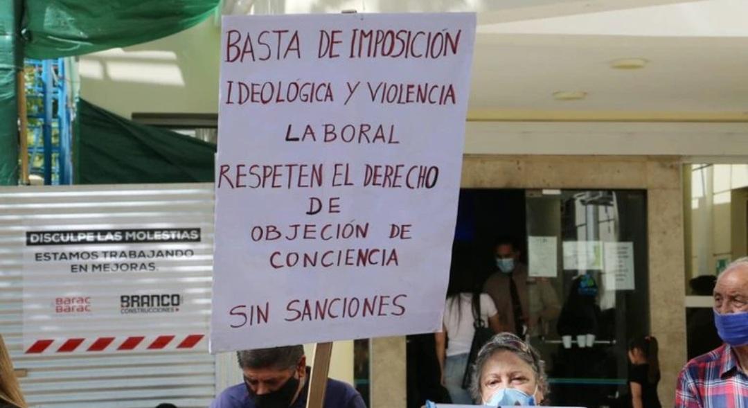 Sancionaron a dos enfermeras por negarse a asistir un aborto en San Juan
