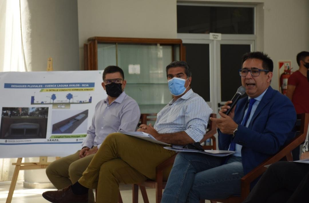 """Intendente Gustavo Martínez  """"Implementamos una política pública para cambiarle la vida a los resistencianos"""""""