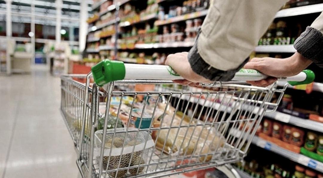 El acuerdo de precios para bajar el valor de la canasta básica suma apoyos