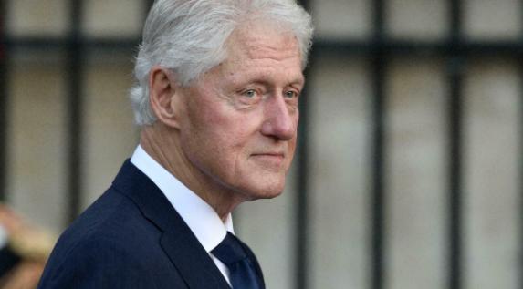 Internaron a Bill Clinton por una infección no relacionada con el coronavirus