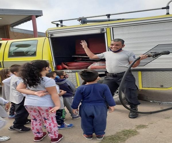Niños del jardín recibieron  charlas sobre prevención de incendios