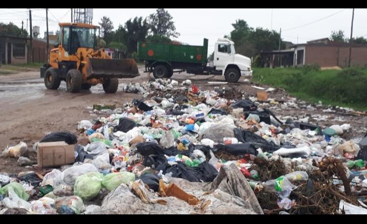 Tras la lluvia, Resistencia inició un operativo de limpieza y erradicación de minibasurales