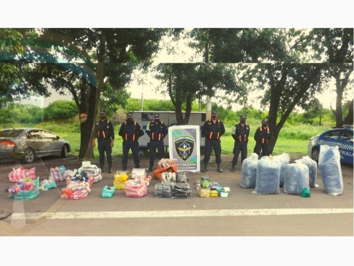 Makalle: Policía Caminera secuestró mercadería y 134 kilos de coca