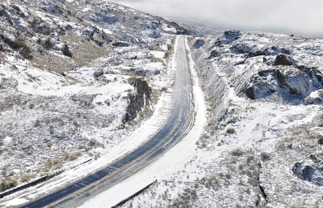 Nevó en el camino de las Altas Cumbres de Córdoba