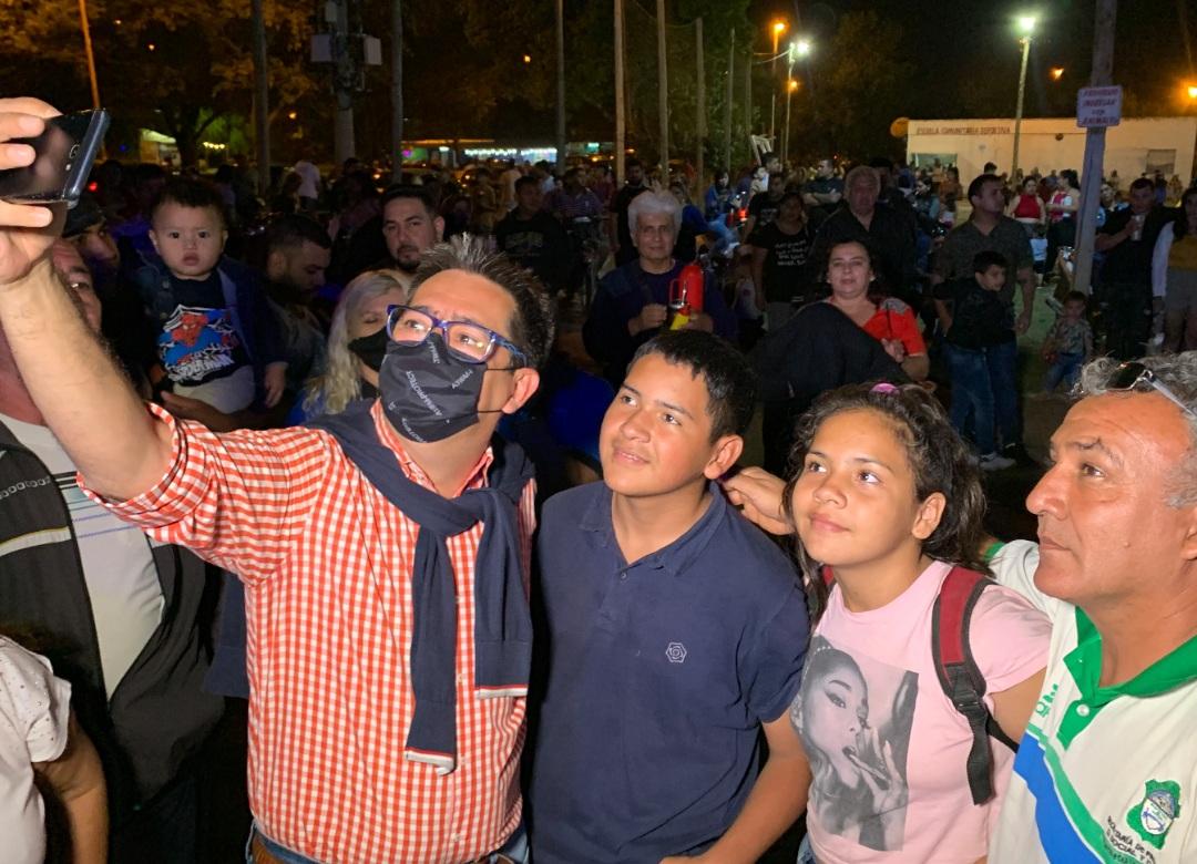 El intendente acompañó el Festival Para Todos en la Laguna Argüello