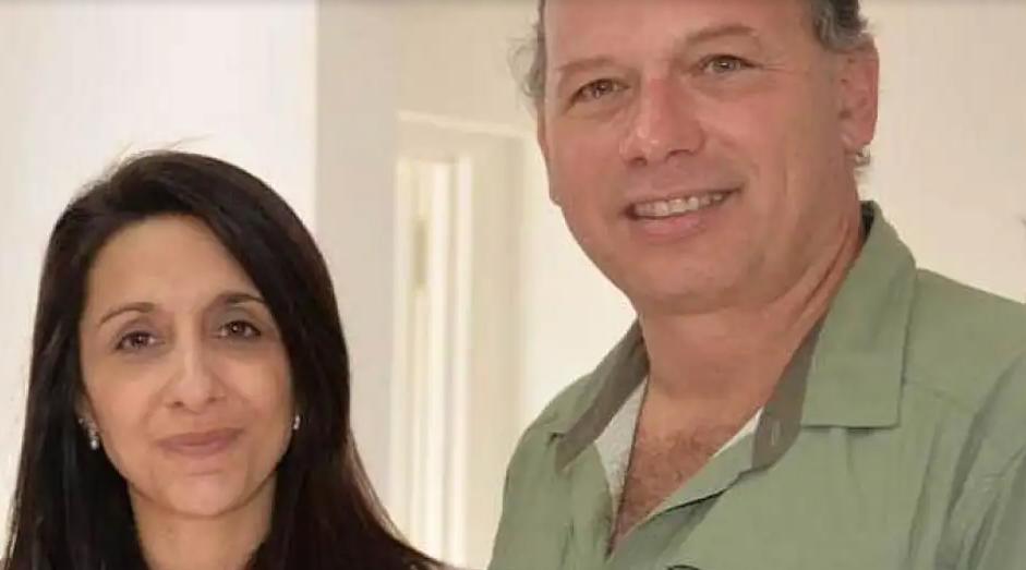 La esposa de Sergio Berni fue denunciada por bajar de un helicóptero en una cancha de futbol