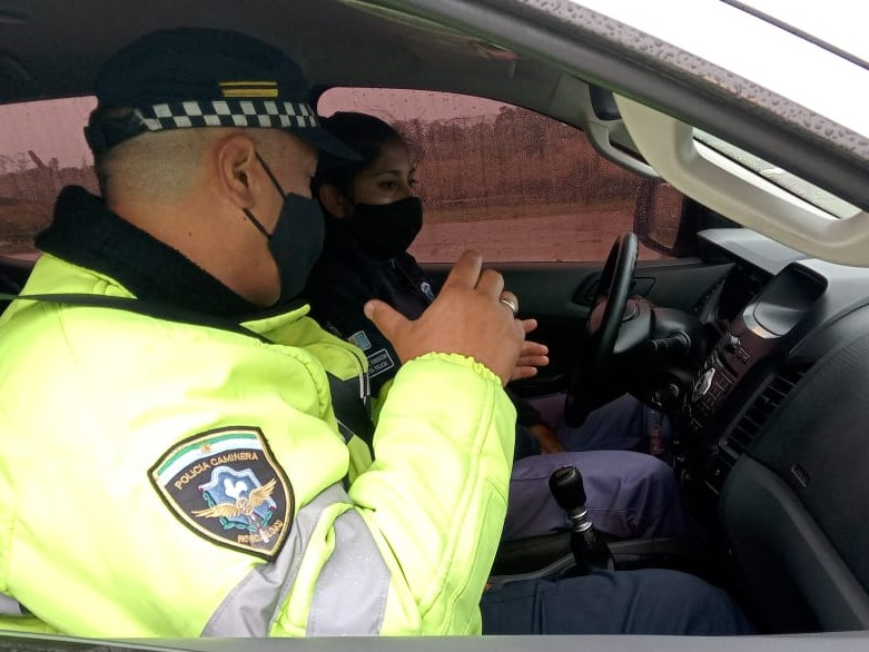 Arrancaron las clases prácticas de conducción para mujeres choferes