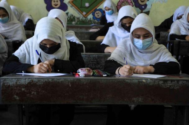 Los talibanes afirmaron que permitirán
