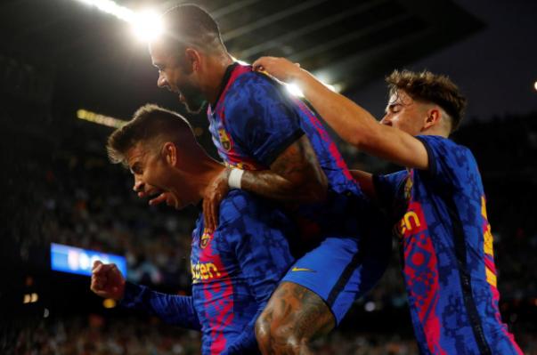 El Barcelona venció al Dinamo Kiev y sumó sus primeros puntos en la Champions League