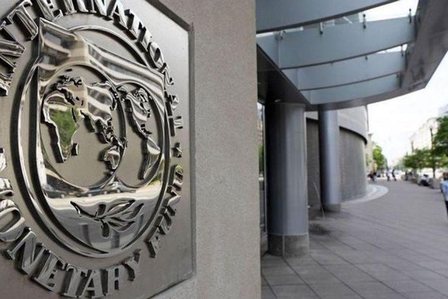 El FMI recomendó una política económica más dura para bajar la inflación