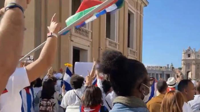 El Vaticano impidió que cubanos se expresen contra la dictadura durante una celebración del papa Francisco
