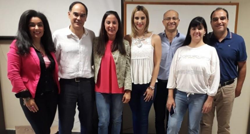 Convocado por la Asociación de Ginecología y Obstetricia Chaqueña, el profesional Diez Lázaro disertó sobre Histeroscopía