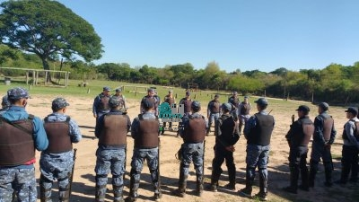 Efectivos de la Dirección Cuerpo de Operaciones Especiales de la Policía del Chaco, recibió capacitación y academia.