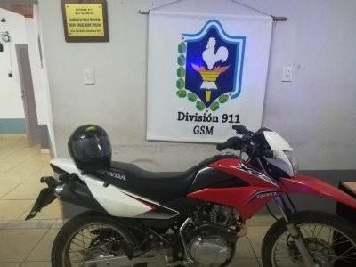 Moto robada de un domicilio fue recuperada por policías