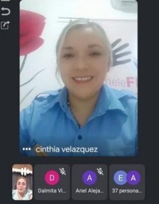 Disertación virtual a estudiantes del equipo de Violencia familiar y de género de la policía