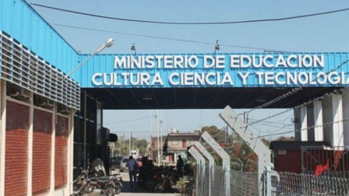 Educación aclara sobre liquidación de sueldo a docentes de espacios focalizados.