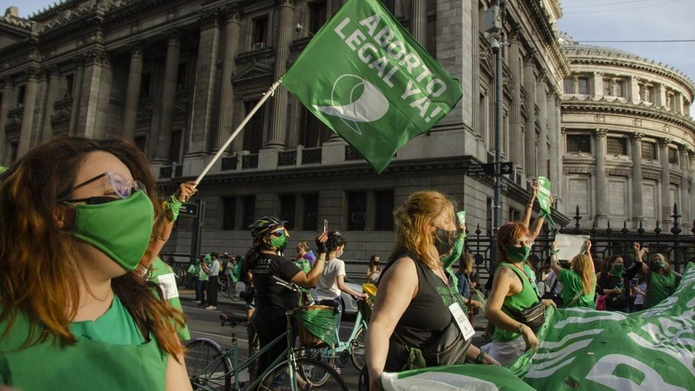 Lanzan una campaña mundial para pedir al Gobierno que presente el proyecto sobre aborto