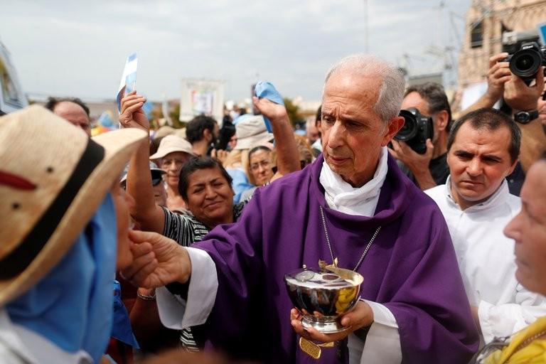 Exclusivo: el documento que presentó uno de los máximos jefes de la Iglesia Católica argentina para que un cura procesado por abuso cumpla arresto domiciliario