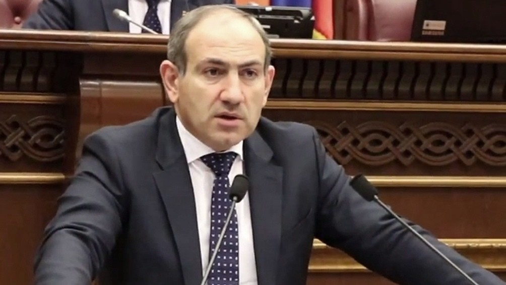Armenia, Azerbaiyán y Rusia firman
