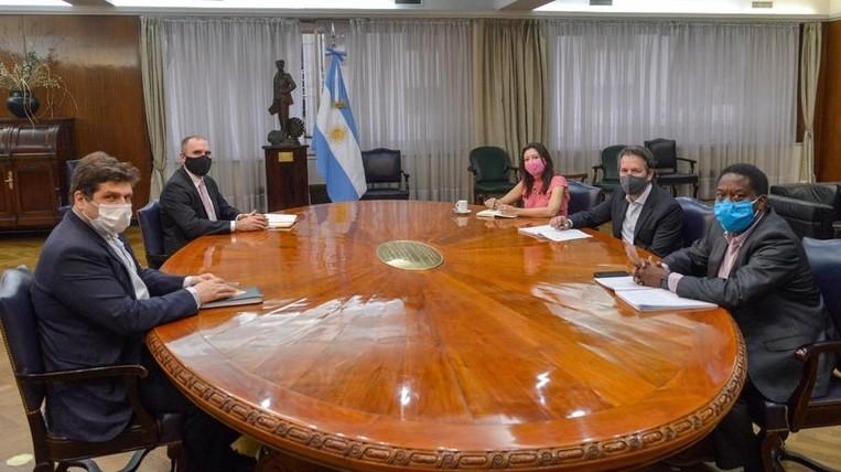 Martín Guzmán tuvo su primer encuentro con la misión del FMI en busca de un programa de facilidades extendidas