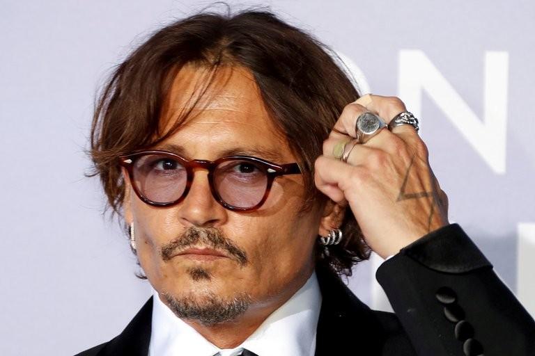 """Johnny Depp fue forzado a renunciar a """"Animales fantásticos 3"""", pero cobrará una fortuna por la única escena que filmó"""