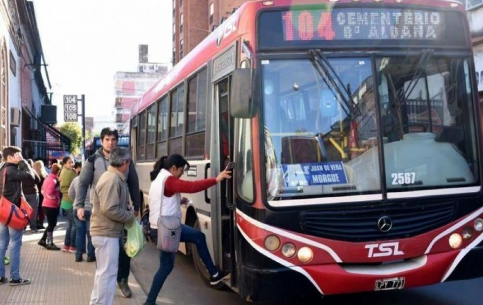 Sorpresa por un pedido de aumento a $100 del boleto de colectivos en Corrientes