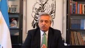 Con corbata verde, el presidente Alberto Fernández, anunció que envía al Congreso el proyecto de aborto legal.